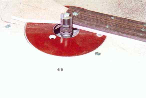 Milling of the fingerboard on the template