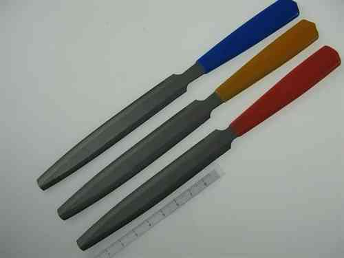 Set of 3 double-edge cutting nut files